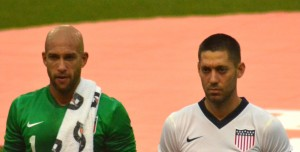 Tim_Howard_and_Clint_Dempsey_vs_Belgium